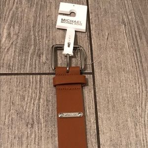 Michael kors tan leather belt